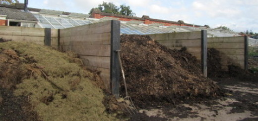 How to compost. Turning units